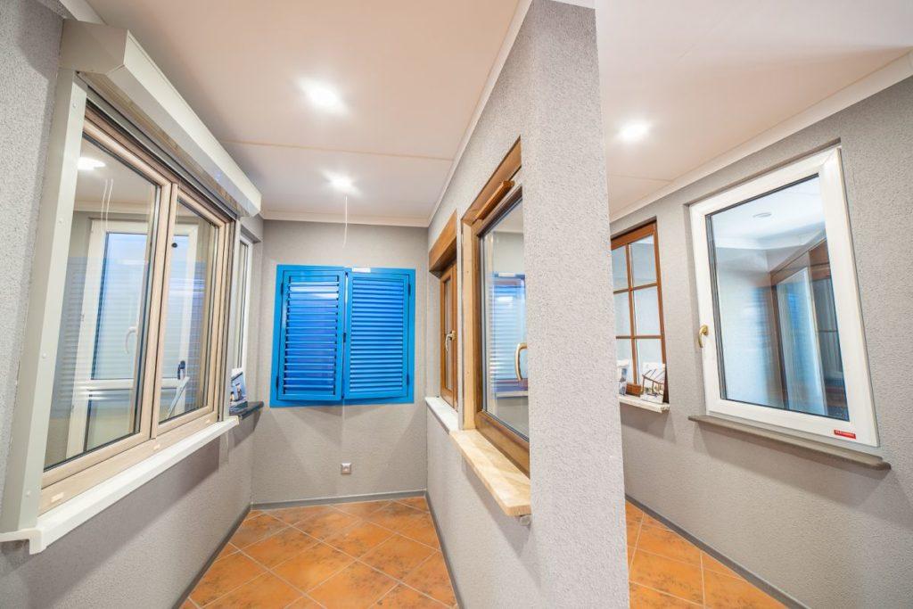 Salon okien idrzwi - Koszalin - ekspozycja - okiennice