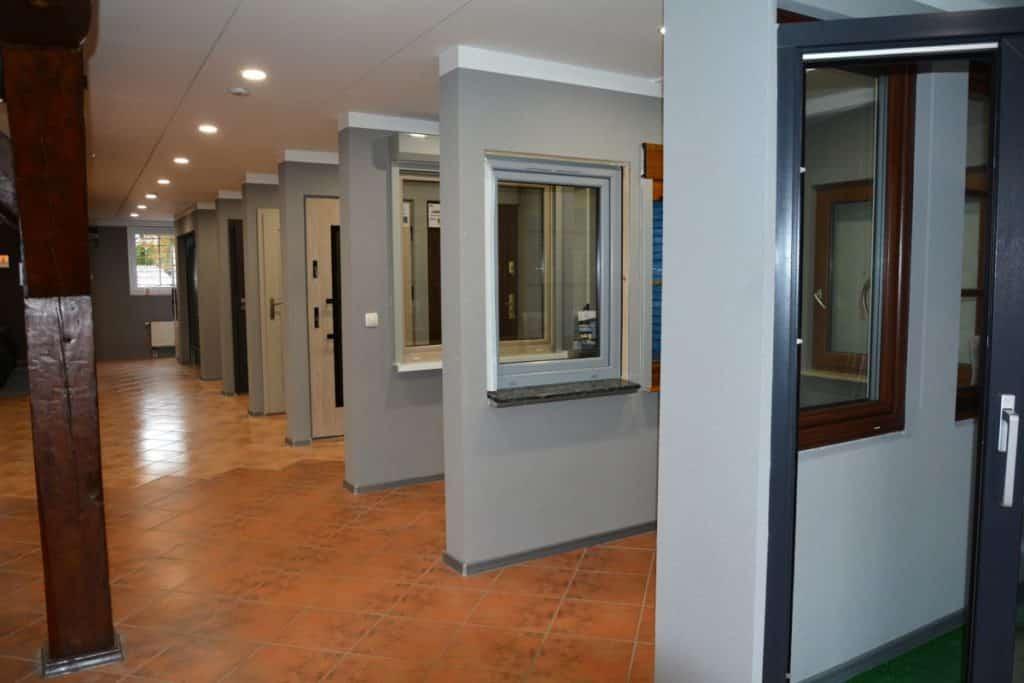 Salon okien idrzwi - Koszalin - ekspozycja