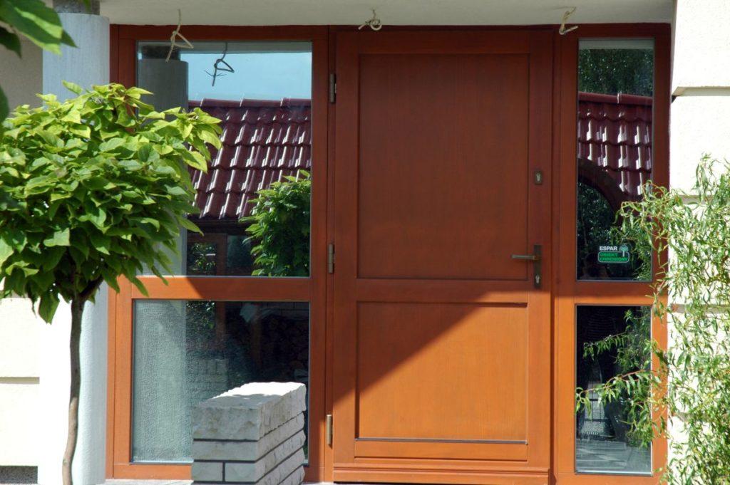Realizacje - drzwi ifasada