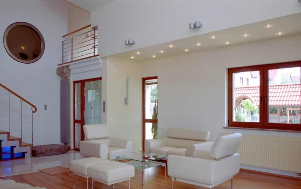 Dom Pokazowy - wnętrze - drzwi iokna